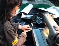 テント縫製担当女性社員
